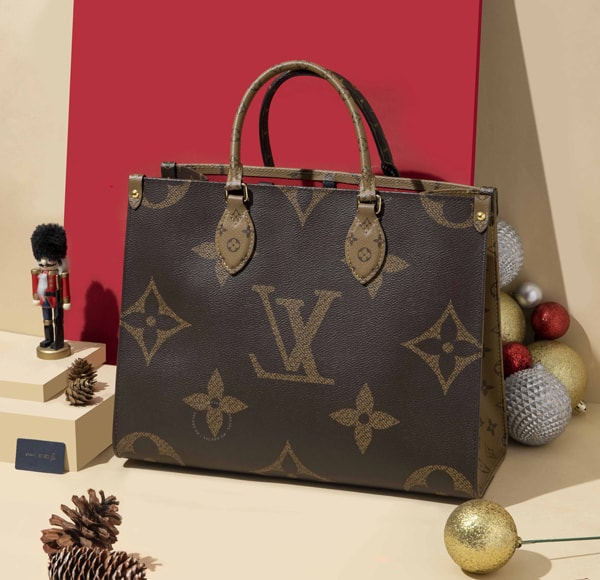 Louis Vuitton OnTheGo Handbag is the perfect accessory