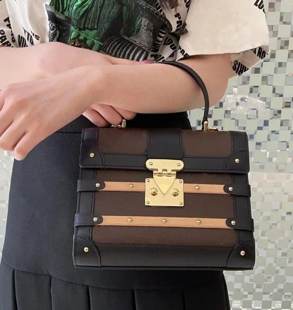 Trianon Bags have a semi-rigid design