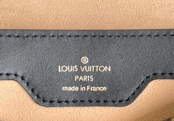 Brand logo detail